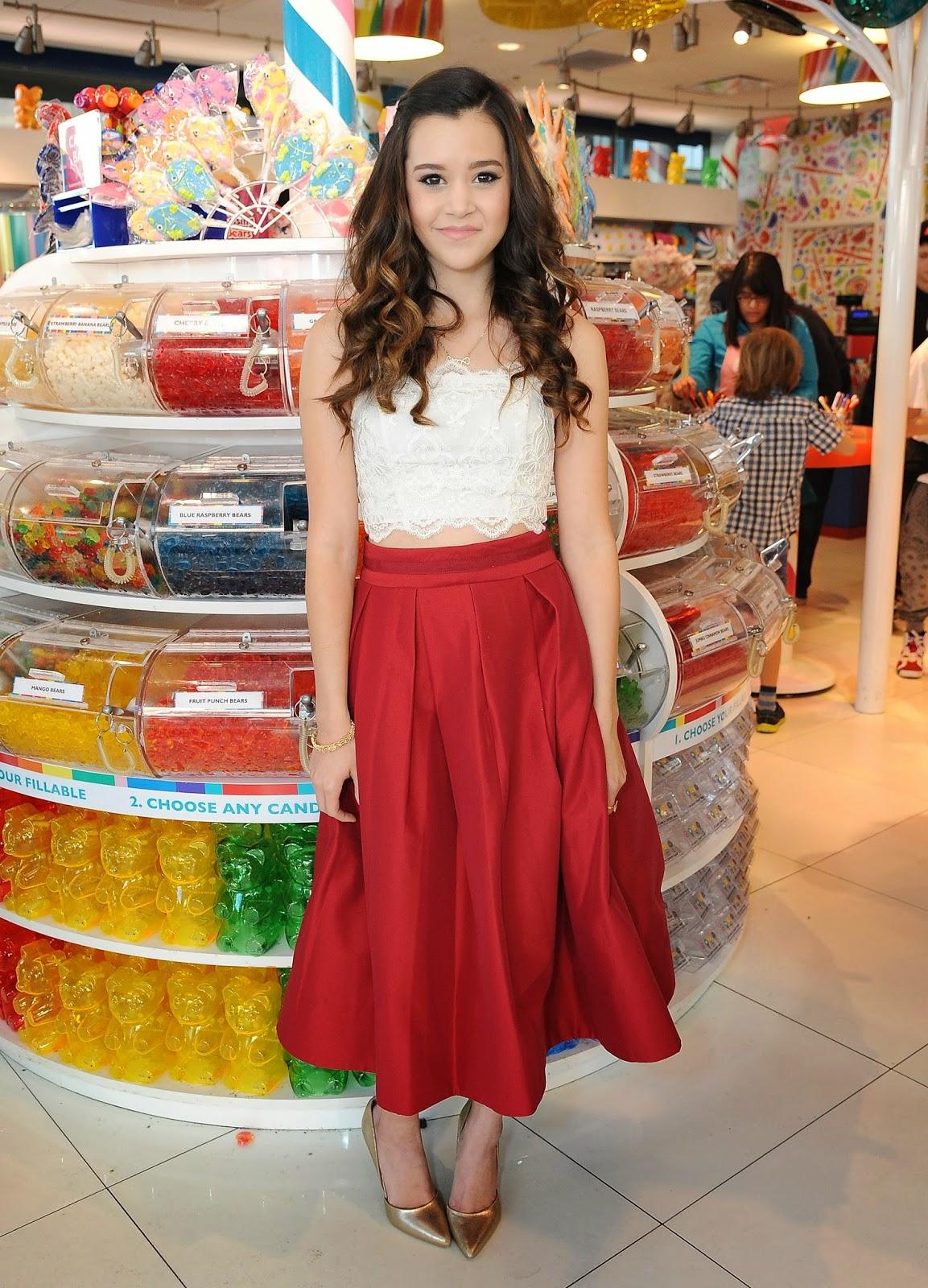 Singer-songwriter: Megan Nicole - Dylan's Candy Bar in LA