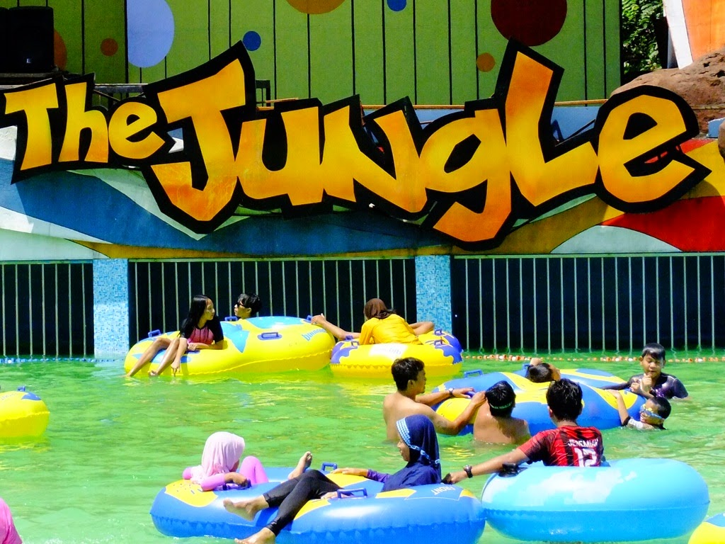 The-Jungle-Water-Park-Bogor.jpg