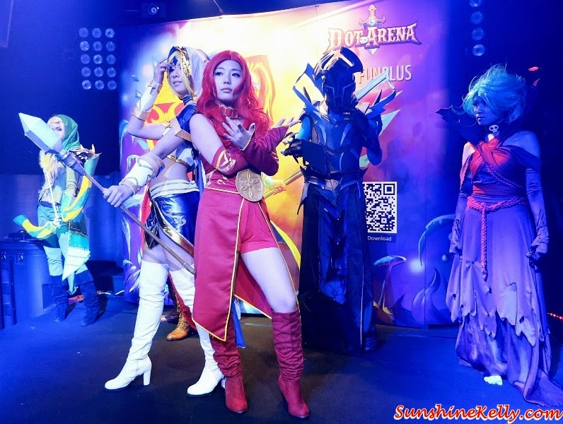 Naomi, Amber, all cosplayers of Dot Arena characters, Dot Arena Cosplay Party in Malaysia by FunPlus, Dot Arena Cosplay Party, Dot Arena Games, RPG Games, Dot Arena FunPlus, Cosplayer, Cosplay party, online games