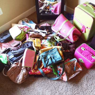 Konmari Method on my Bags/Purses! http://kelleylynne.blogspot.com