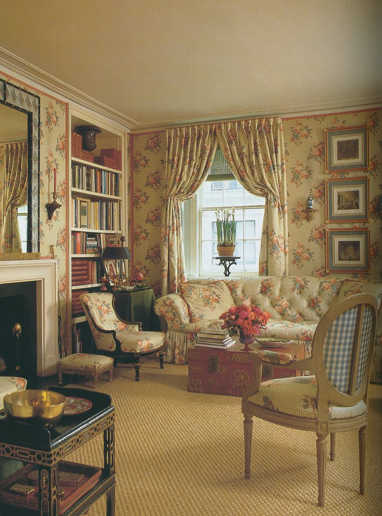 The peak of chic taking a stand - Cottage style decorating living room ...