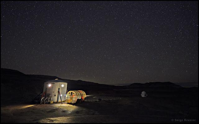 Đêm Hỏa Tinh trên Trái Đất. Tác giả : Serge Brunier.