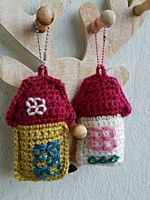 Llaveros de casitas a crochet