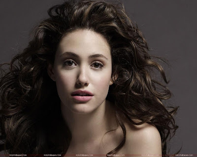 Emmy Rossum Hollywood Actress Latest Wallpaper