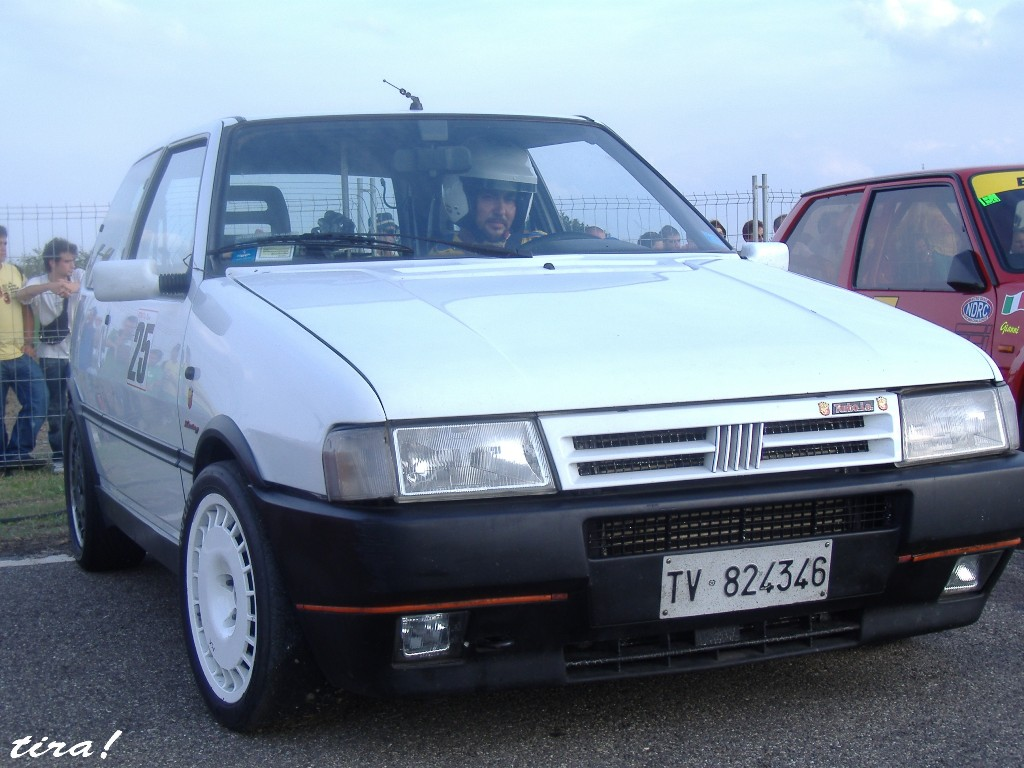fiat uno turbo ie phase 2 with Fiat Uno Cars Review And Wallpaper on T1882 Le Week End Prochain Je Monte Mon Garage Des Volontaires furthermore T2 Uno Turbo Ie further Pocket Rokets Old likewise T4150 Bourse D Echange A Crozon Le Dimanche 18 Octobre 2015 besides T2857 Photo Sortie Valct Du 15 03 2009 A Plougastel.