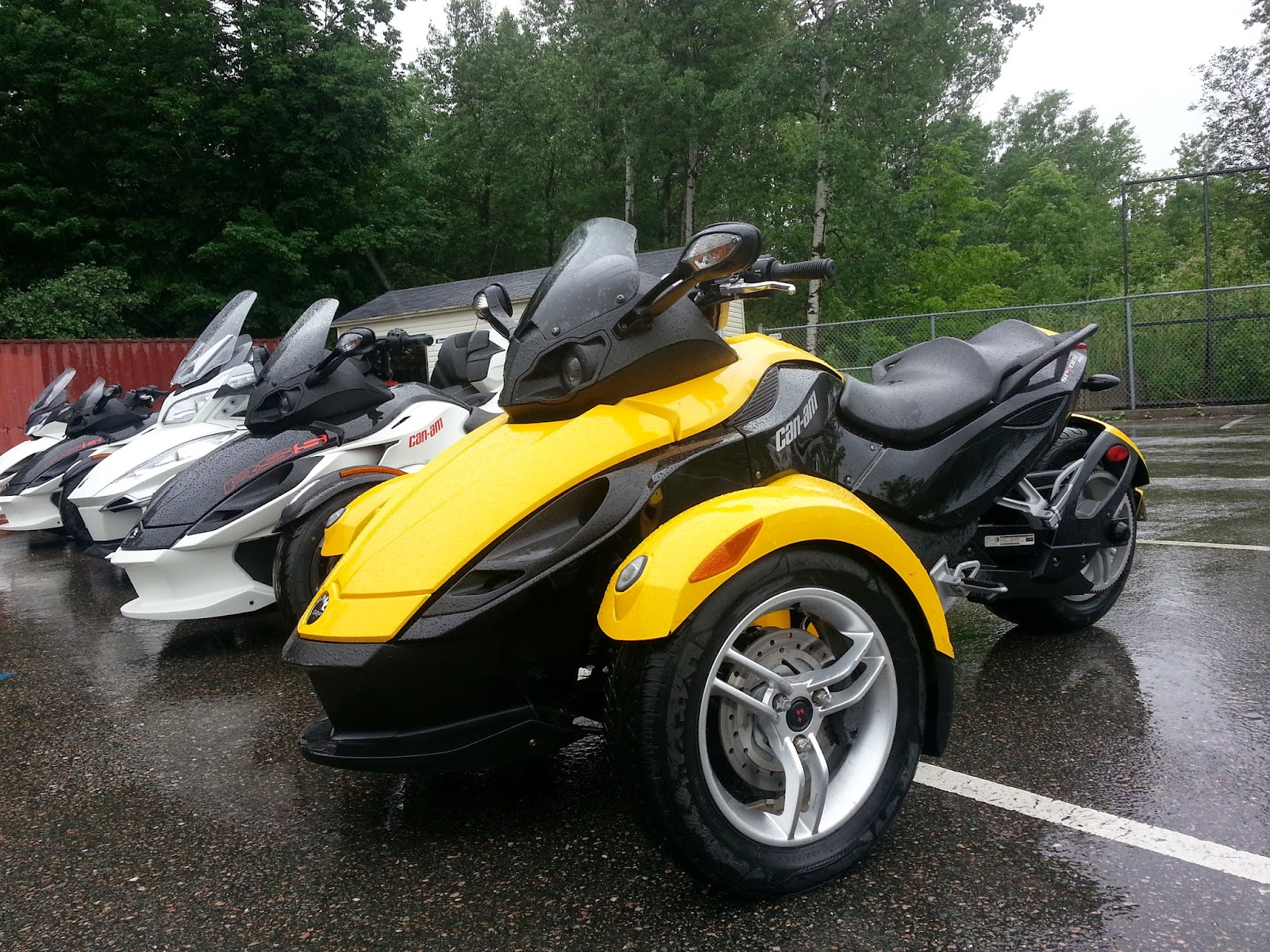 The can am spyder rs s