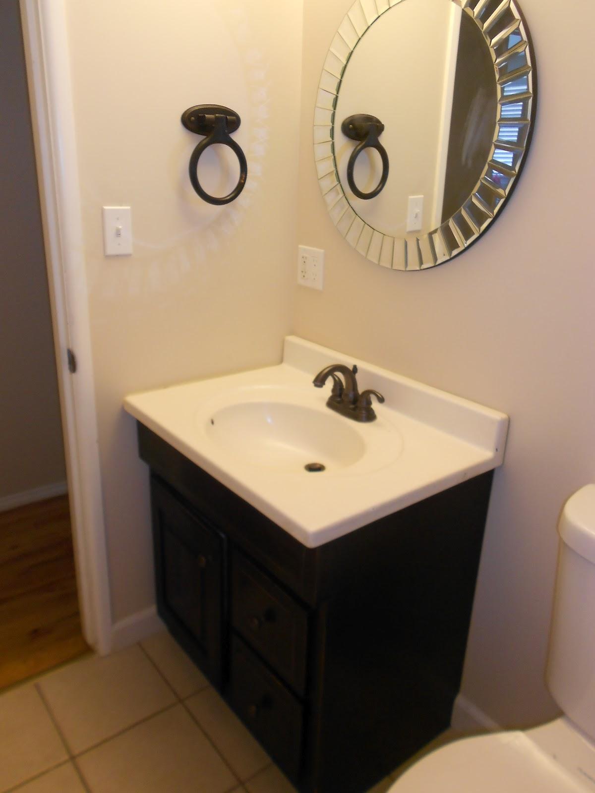 Picnics Amp Old Lace Bathroom Remodel Under 700