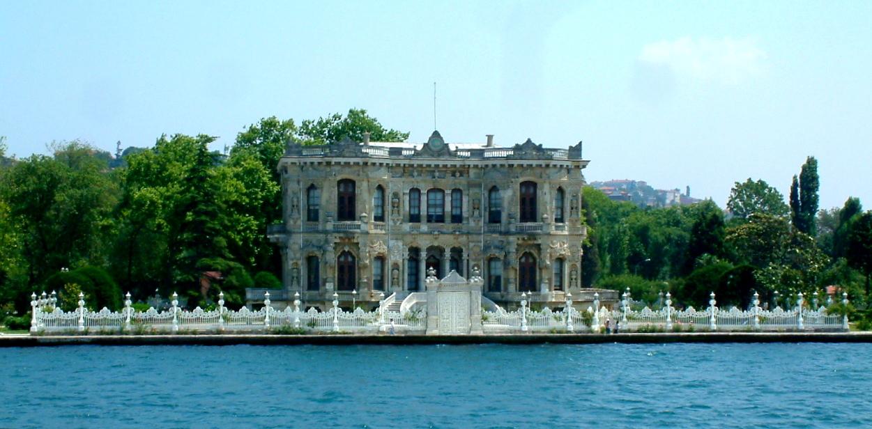loveisspeed.......: Kucuksu Pavilion at İstanbul was built ...