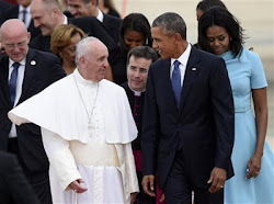 Pope Francis Arrives US, Welcomed by President Obama And Wife