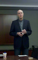 Futurist Glen Hiemstra presents to the Washington Cleantech Alliance