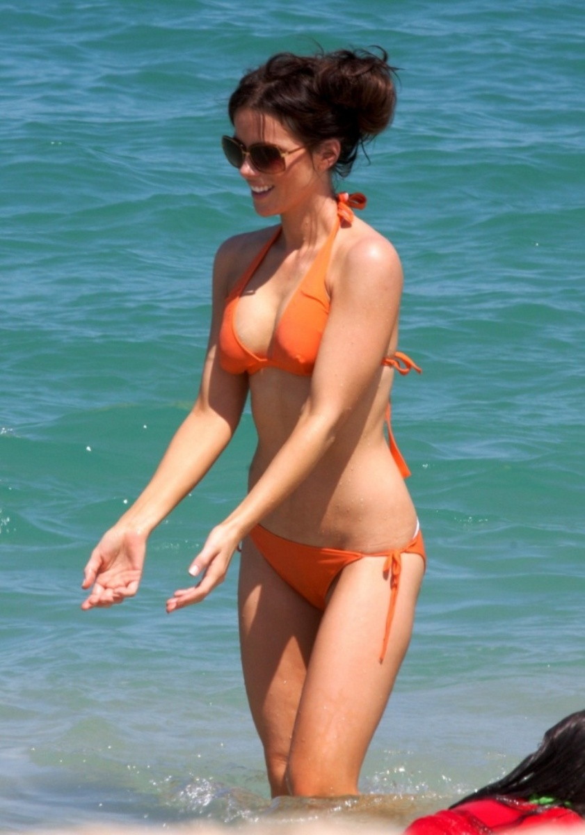 Kate Beckinsale Bra Size And Measurements: Profile, Movies And ...