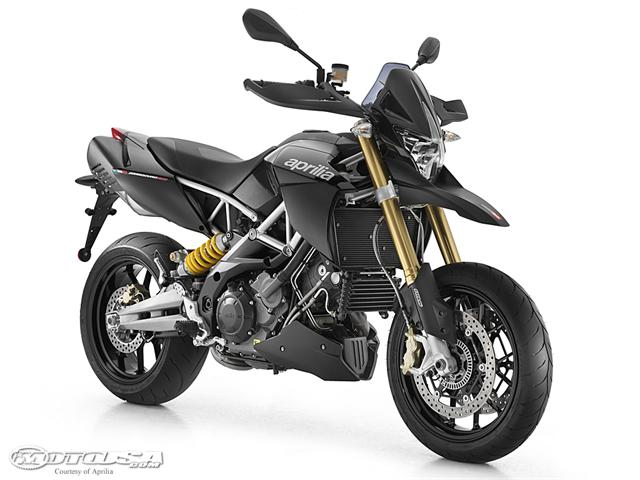 2011 Aprilia Dorsoduro 1200 First Look