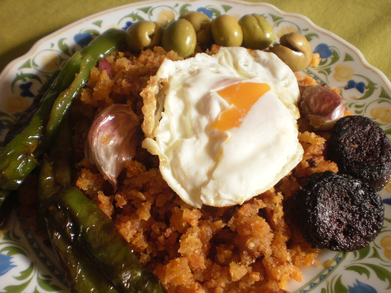 Mi cocina migas de los montes de malaga for Mi cocina malaga