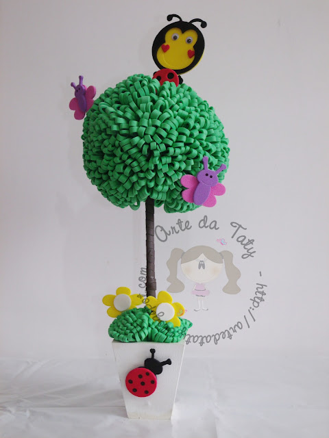 enfeites para festa infantil jardim encantado: em Eva & Mdf: Centro de mesa – Festa Jardim encantado ou Joaninhas