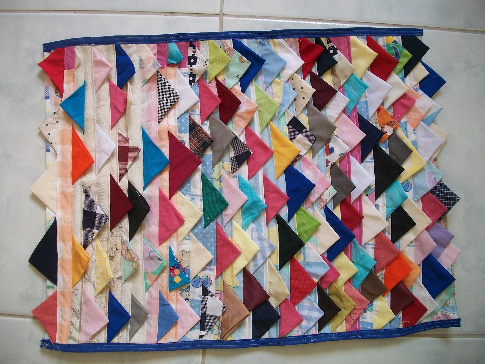 Arte Em Tapete De Retalho : Benilna Artesanato: Tapete Retalhos de tecido