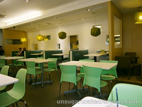 green and white restaurant color scheme