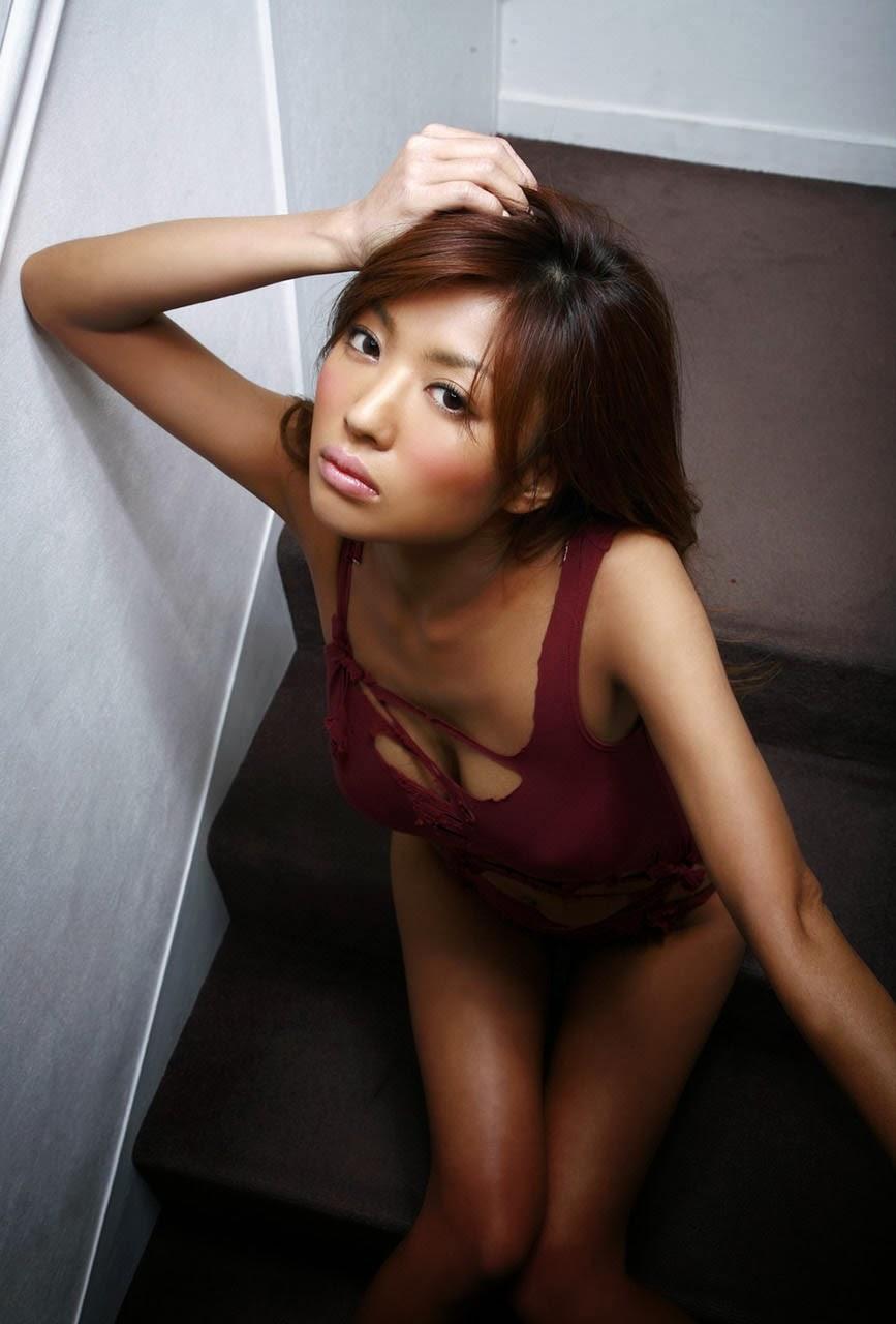kana tsugihara sexy nude pics 01