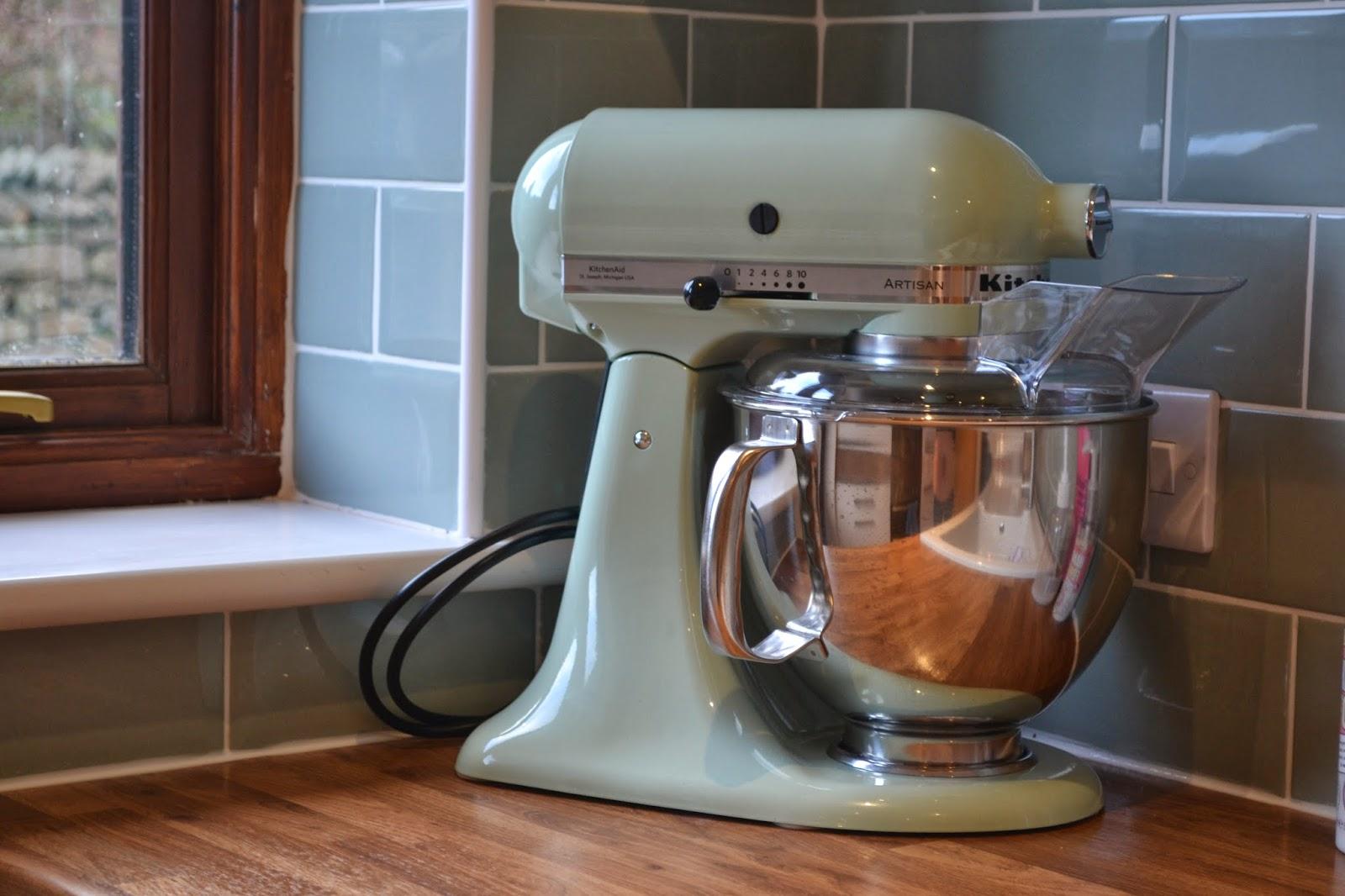 Kitcen Units And Worktop Wickes/Oven, Hob U0026 Hood Zanussi/Artisan Kitchenaid  Mixer In Pistachio/ Kettle U0026 Toaster Morphy Richards/Kilner Jars/Sugar U0026  Tea ...