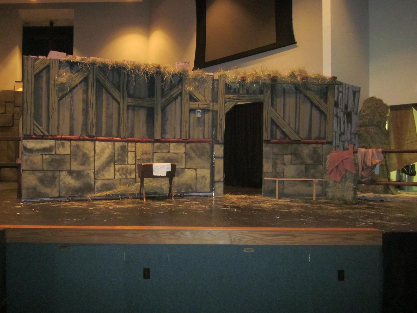 Stage Prop Construction : Hendersonworks set design and stage construction