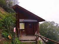 酉谷避難小屋