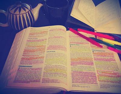 10 Versículos Para Confortar Seu Coração Quando Você Se Machucar