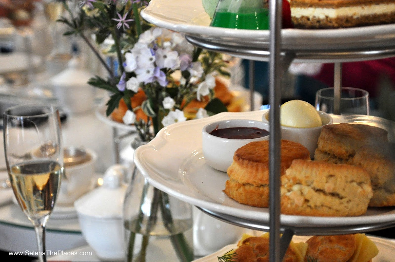 Science Afternoon Tea at The Ampersand Hotel