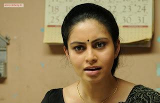 Piravi-Movie-Stills