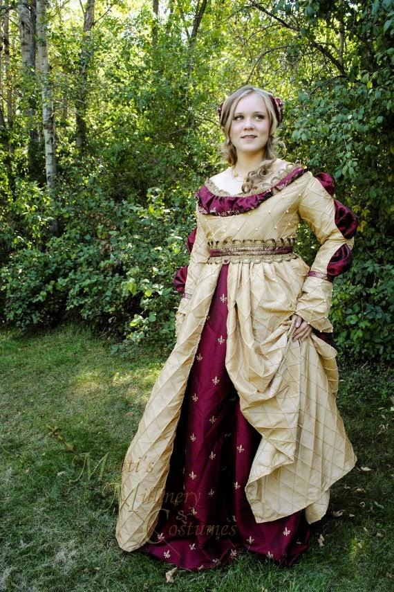 http://www.etsy.com/fr/listing/108177326/costume-de-robe-renaissance-italienne?ref=related-3