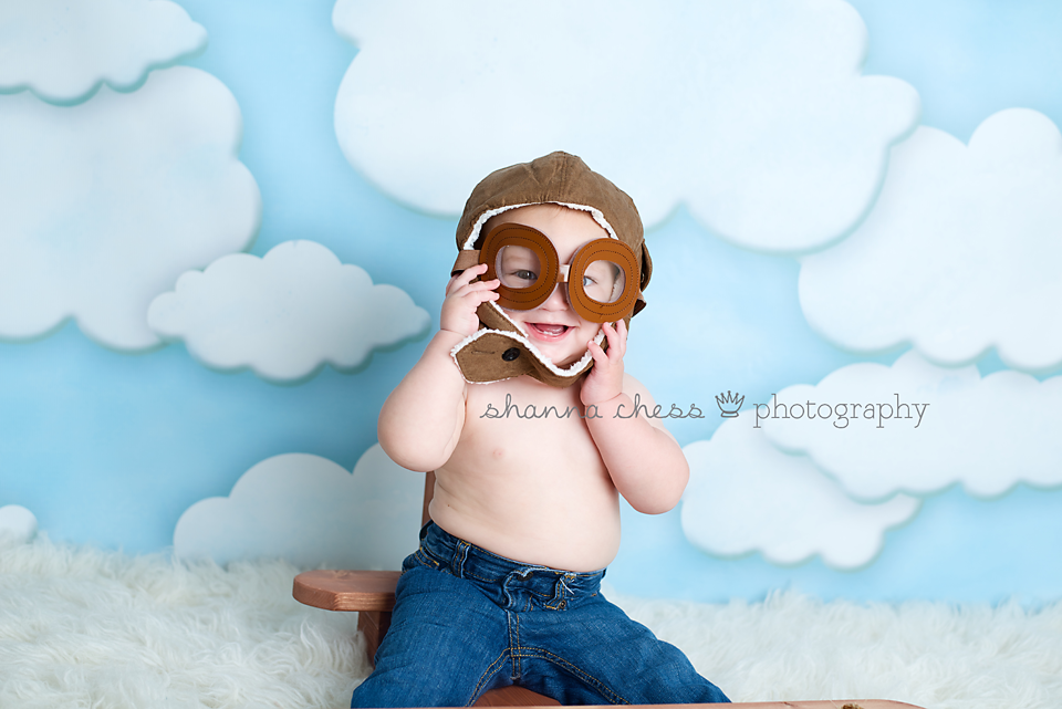 eugene or baby photography airplane goggles