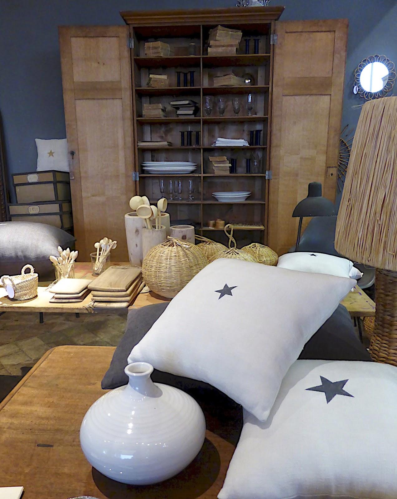 manon 21 florence bouvier. Black Bedroom Furniture Sets. Home Design Ideas