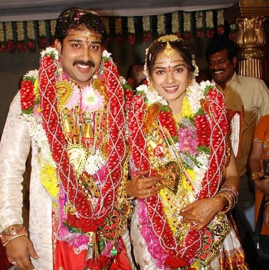 Reema Sen Wedding PicturesActress Revathi Photossaroja Devi PhotosAnushka Shetty PhotosAnu Hassan Marriage Photos With Graham