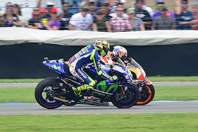 Rossi Sempat Menyerah Ketika Battle dengan Pedrosa