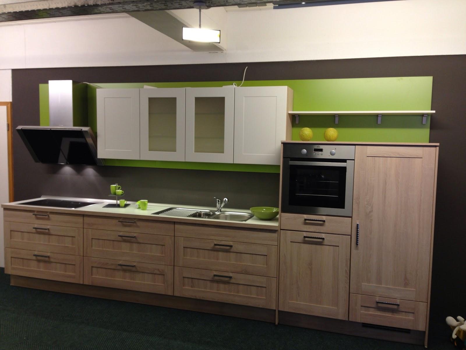 k chen galerie sande jetzt wird 39 s bunt. Black Bedroom Furniture Sets. Home Design Ideas