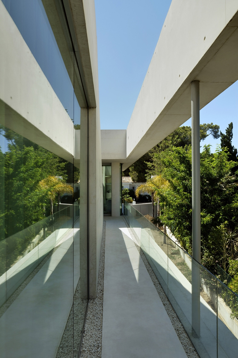 Facade of the House with swimming pool by Wiel Arets Architects (WAA)