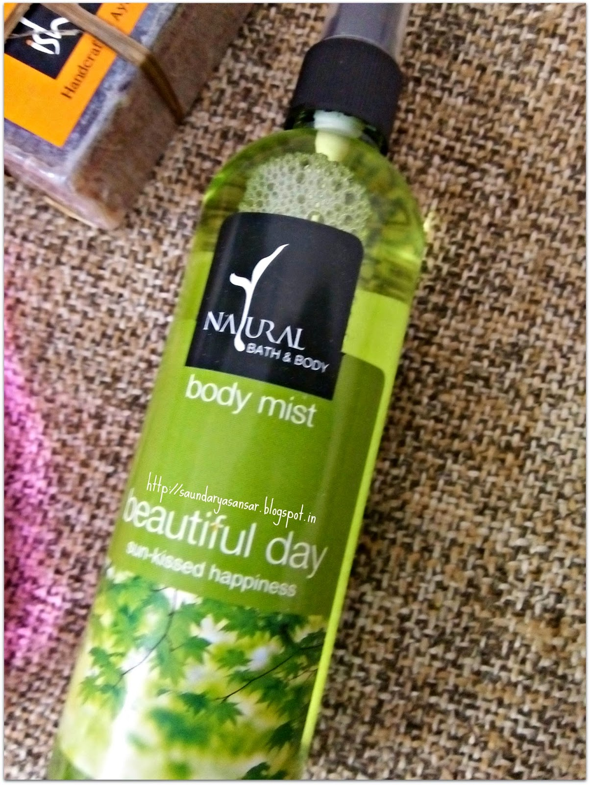 Natural Bath & Body- Beautiful Day Body Mist