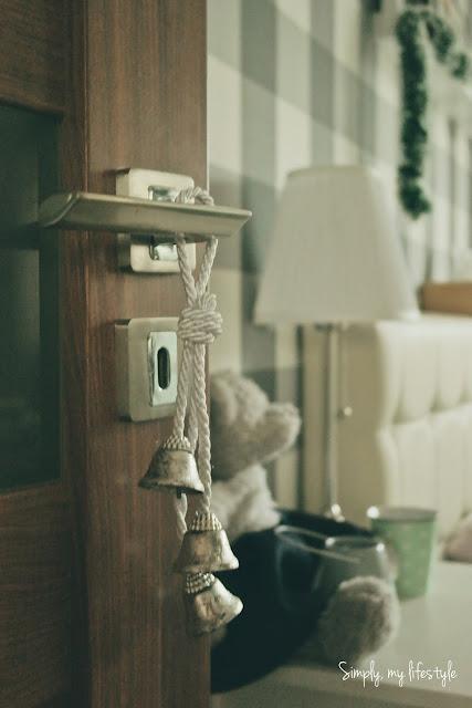 dzwoneczki ozdoba na drzwi