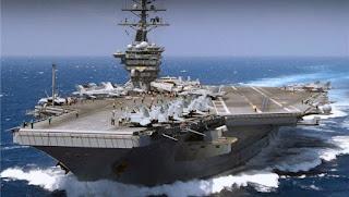 Les Forces Navales de Surface (NSF) et le Ministère de la Défense (MoD) nous informent aujourd'hui que trois sous-marins nucléaires russes de la classe Akula appartenant à la 24ème division de sous-marins de la Flotte du Nord (NF) ont repoussé avec succès le porte-avions américain USS Théodore Roosevelt