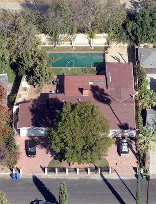 Selena Gomezhouse on Aerial View Of Selena Gomez S Home In Los Angeles  California