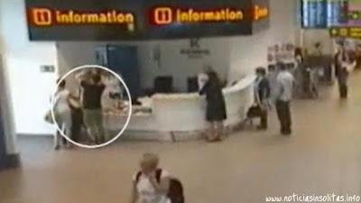abandonan bebe aeropuerto