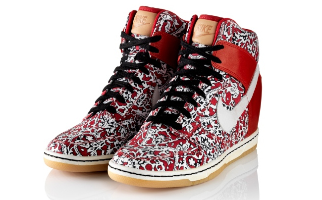 Nike Liberty Print Dunk Sky High