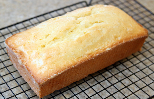 Angel in the Kitchen: Low-Fat Lemon Pound Cake