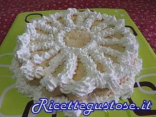 http://www.ricettegustose.it/Semifreddi_e_gelati_1_html/Semifreddo_di_cachi.html