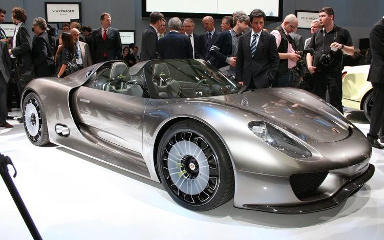 Porsche 918 Spyder, un superdeportivo futurista
