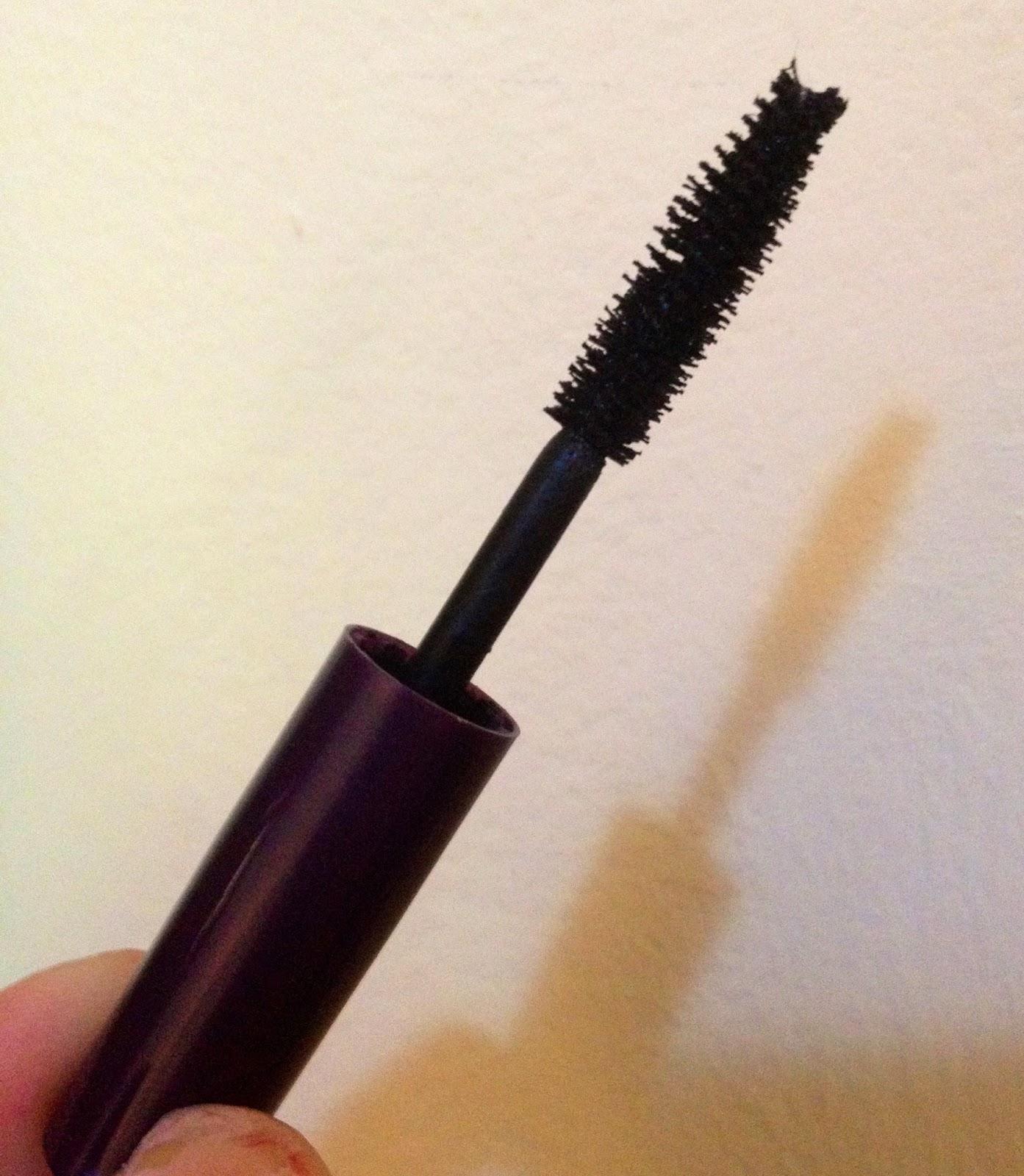 makeup by megan tarte lights camera splashes waterproof mascara. Black Bedroom Furniture Sets. Home Design Ideas