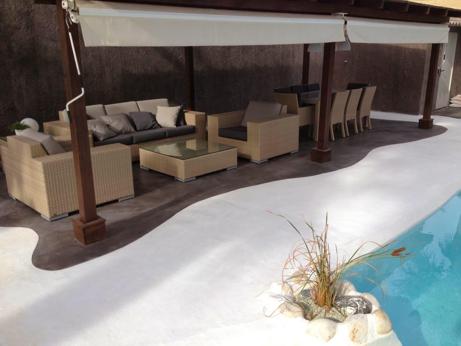 Microcemento antideslizante pavimentos de dise o for Poner suelo terraza exterior