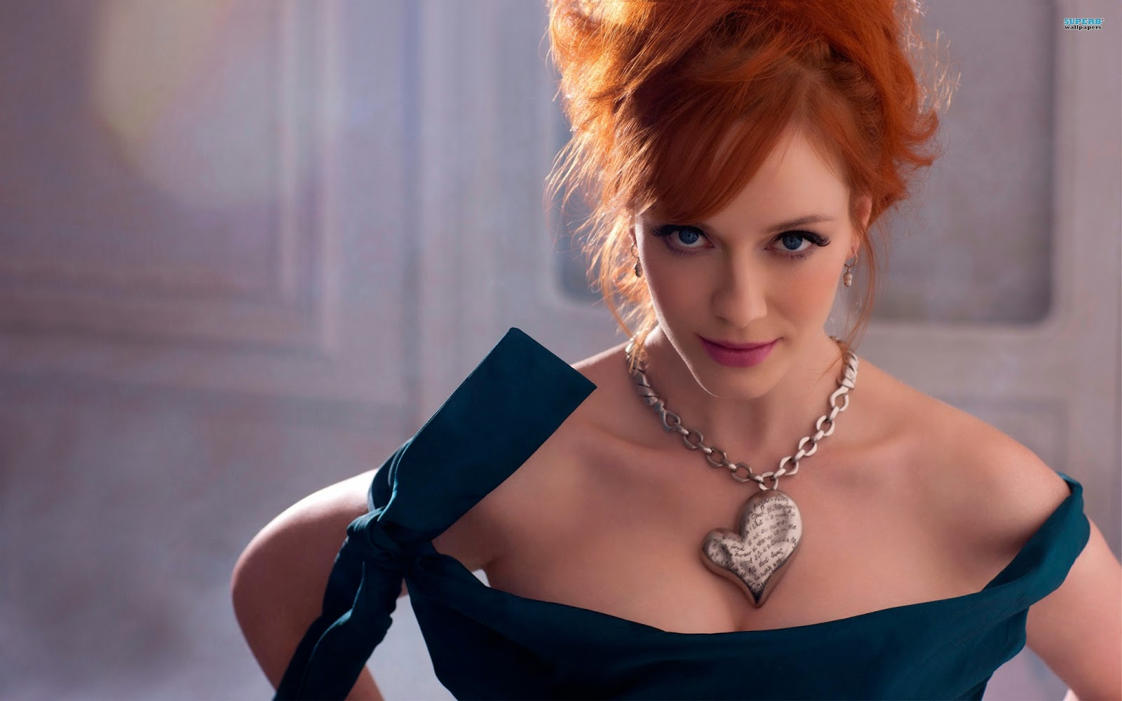 EBL: Christina Hendricks has a secret