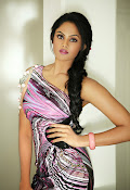 Karthika Nair latest Glamorous Photo shoot Gallery-thumbnail-7