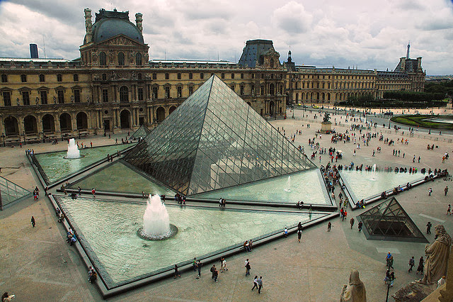 متحف اللوفر Louvre