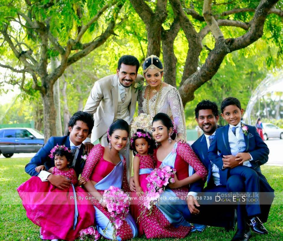 Srilankan actress Prathiba Hettiarachchi Wedding Photos ... Nehara Peiris And Menaka Rajapaksha Wedding