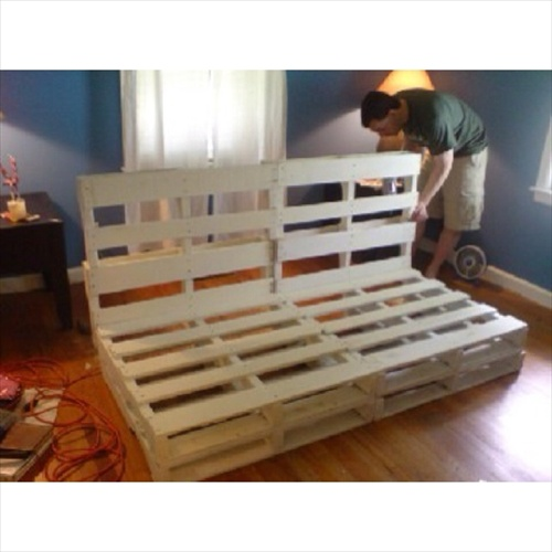 DIY Pallet Couch Attractive Addition for Living Room  : pallet couch2B12 from pallet-furniture.blogspot.com size 500 x 500 jpeg 61kB